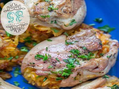 طرز تهیه مرغ پر شده از برنج